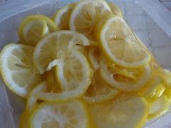 お客様から頂いたお庭のレモン はちみつ漬けに.jpg