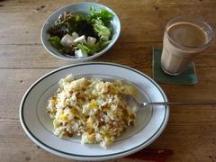 お昼は納豆チャーハン-1.jpg