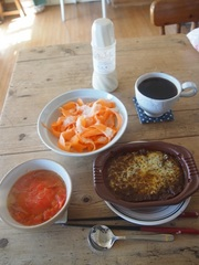 お昼は銀座カリードリア(冷)サラダとスープ.jpg
