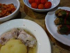 ししとうの肉詰め ジャガイモスープ煮 野菜美味しい.jpg