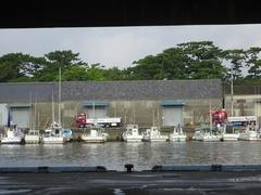 せきのの前の漁港.jpg