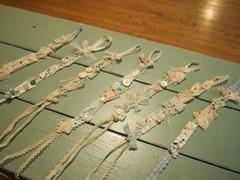 アンティークレースの腕飾り7本作りました.jpg