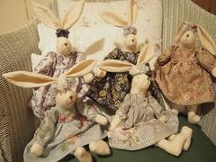クシュクシュ耳飾りのウサギさん.jpg