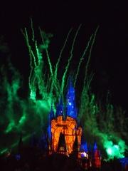 シンデレラ城に大時計が.jpg