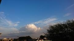 デッカイ入道雲.jpg