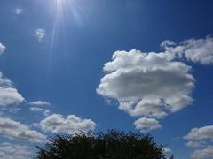ドロロンパ みたいな雲.jpg