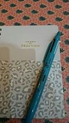 ノートとペンは必需品.jpg