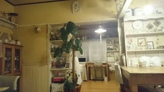 仕事部屋とキッチンとテーブル上の照明で補って.jpg
