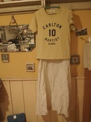 初日白のロングスカートに半袖トレーナー.jpg