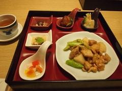 夕ご飯は ひとみさんと三奈木ちゃんと3人で.jpg