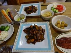 夕ご飯はツヤ姉のナスと郡山の人参スティック.jpg