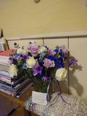 夜にこんなに大人チックな花束が ありがとうございます♪.jpg