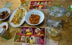 大宮駅中でお惣菜や弁当を買って夕ご飯♪.jpg