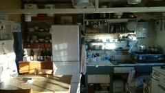 小さいながらも良く働いたキッチンです.jpg