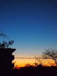 撮影当日の朝やけ 素敵な一日になりそう.jpg