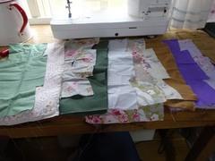 朝イチで洋服縫い.jpg