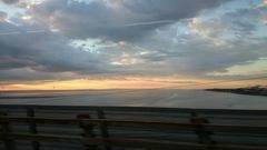 海が見えてきた~.jpg
