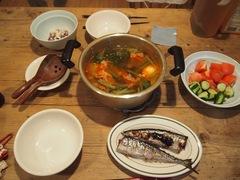 焼き秋刀魚に秋刀魚のたたき スンドゥブ鍋.jpg