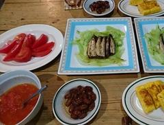 簡単夕食 頂いたイワシのオイル漬け美味しかった!!.jpg