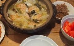 肉団子のと白菜の土鍋煮 絶品でした♪アゴ出汁万歳.jpg