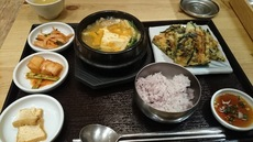 花を買ってから立川へ 韓国家庭料理を食べて.jpg