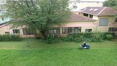 草刈機が楽しくてゆうちゃんずっと見ていました.jpg