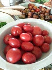 西元パパ作真っ赤なトマト 絶品です.jpg