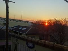 陽が落ちると急に寒くなります.jpg
