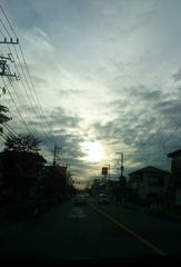 電気屋さんの帰り路 あっという間に陽が暮れます.jpg