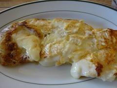餅とチーズをフライパンで焼いて.jpg