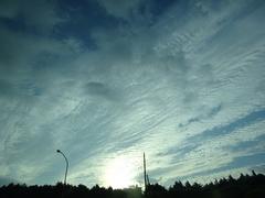 高速を走っているときの空.jpg