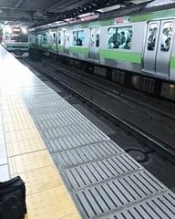 10分遅れで電車が入ってきました.jpg