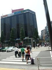 3、横断歩道を渡り三井純友BKの横.jpg