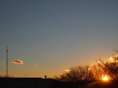 4時36分 もう直ぐ太陽が見えなくなります.jpg