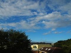 7時 青空が多くなってきた.jpg
