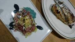 タタキと塩焼きと湯豆腐とサラダ煮豆で食べました♪.jpg