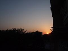夕方6時 夕日が沈みます.jpg