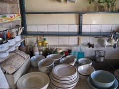 棚の物は全部下ろして拭き掃除.jpg