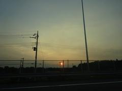 真っ赤な夕日.jpg